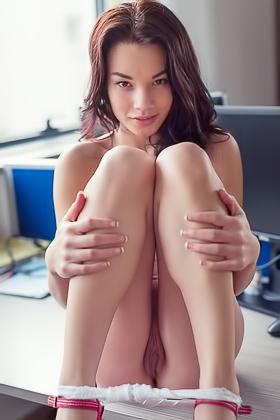 Barbara eden in nude pictures